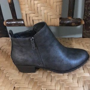 Madden Girl Shoes - MADDEN GIRL ANKLE BOOTIES